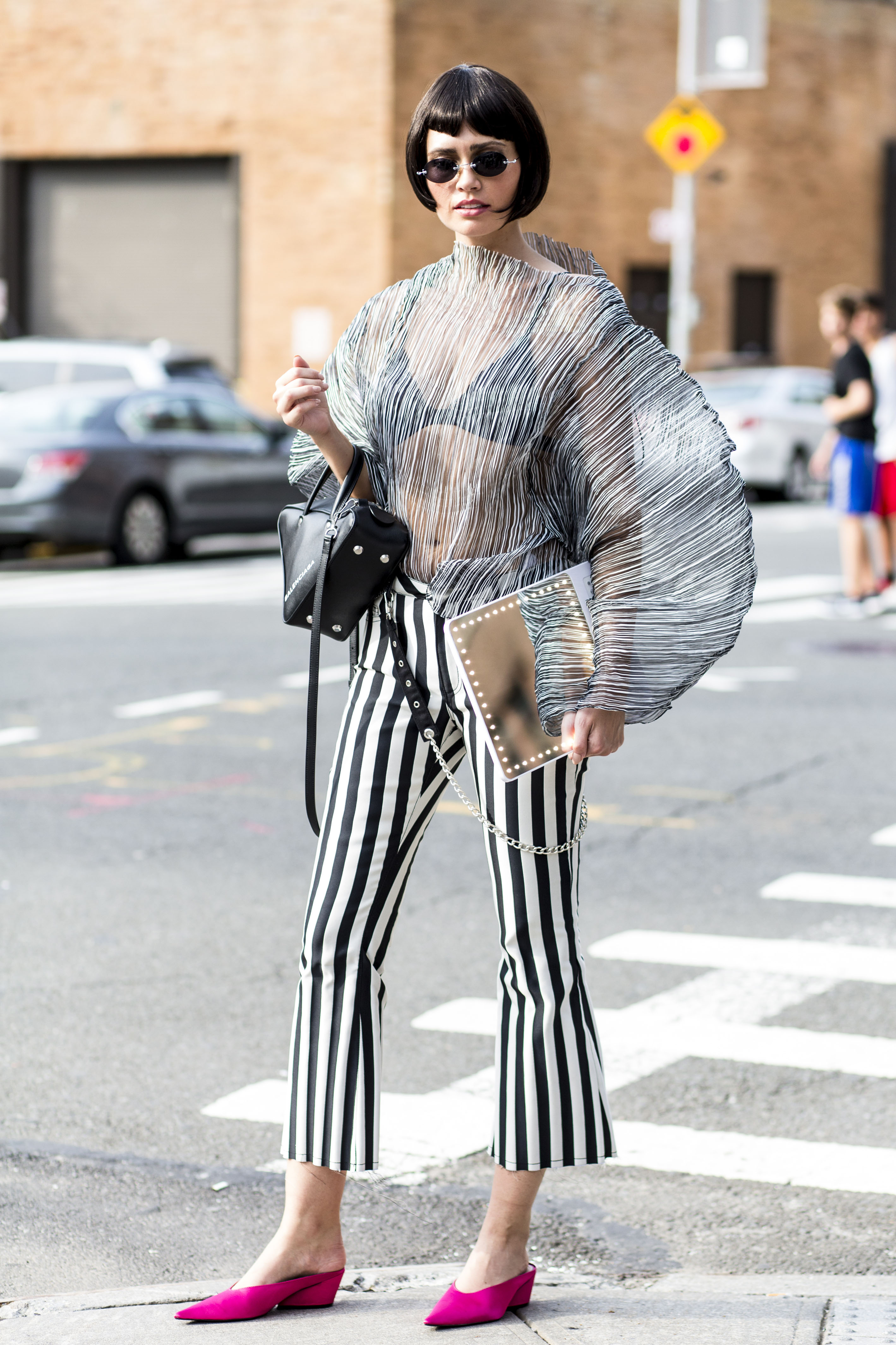 Language In 45 And 47 Stella Street: New York Fashion Week Street Style